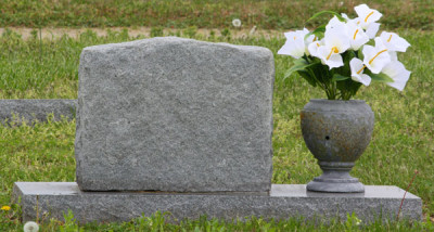 the_blank_tombstone